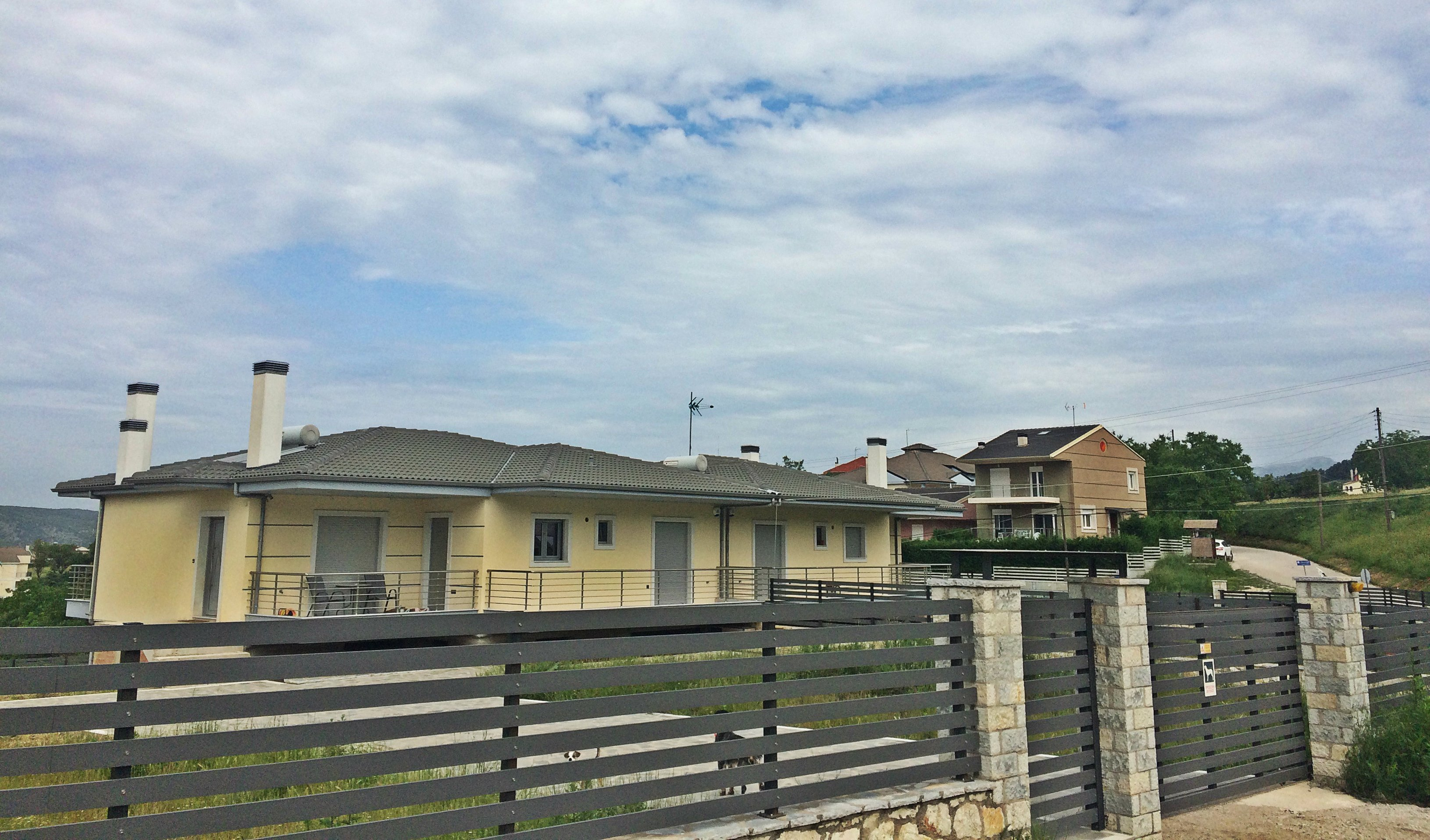 Study, license and supervision of two luxury constructions in Drosia, Ioannina